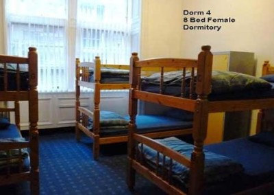 female-dorm-edinburgh-backpackers