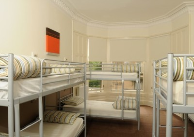 8_bed_room