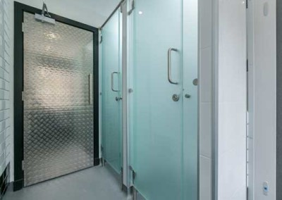 code-hostel-shower_room