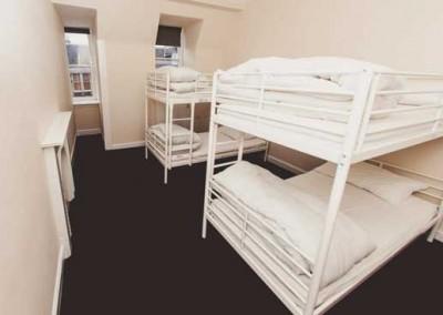 Malones hostel 4 bed room